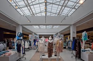 skylight.commercial-and-retail.12-mm.opal.usa.bloomingdales-beverly-center.Full-Spectrum-Inc7_800x526
